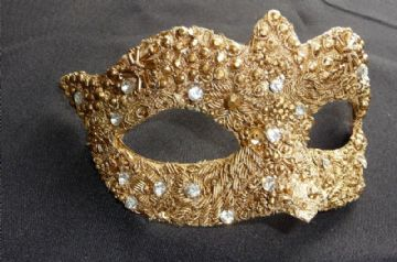 Baroque style Gold filigree masquerade mask 2
